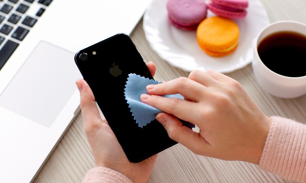 iPhone Wipe Clean