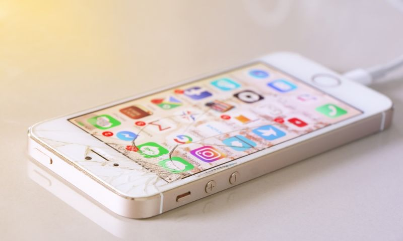 9 Mistakes You're Making That Can Ruin Your iPhone