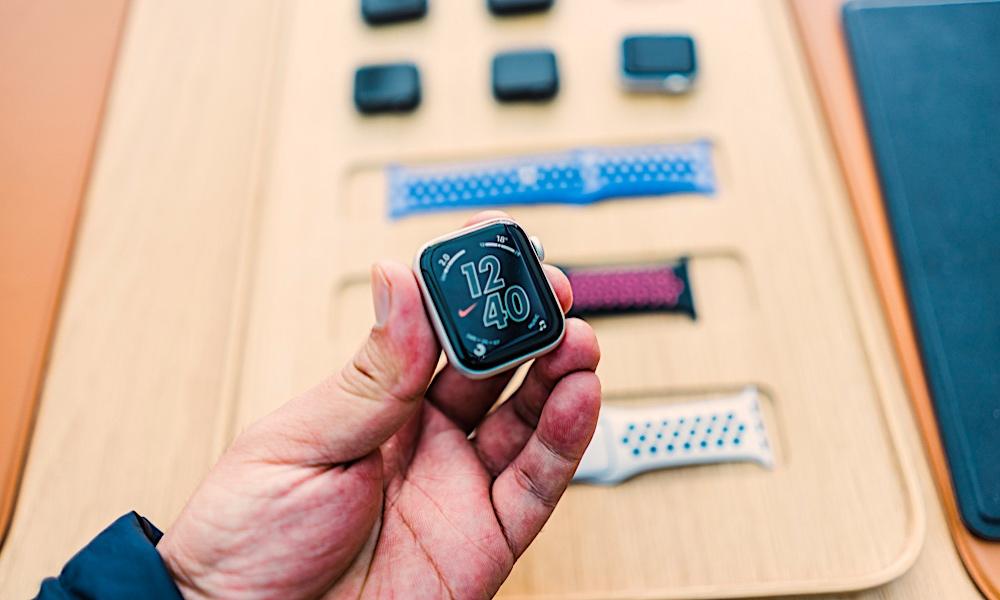 Facebook launches Kit, an experimental Apple Watch messaging app #65863
