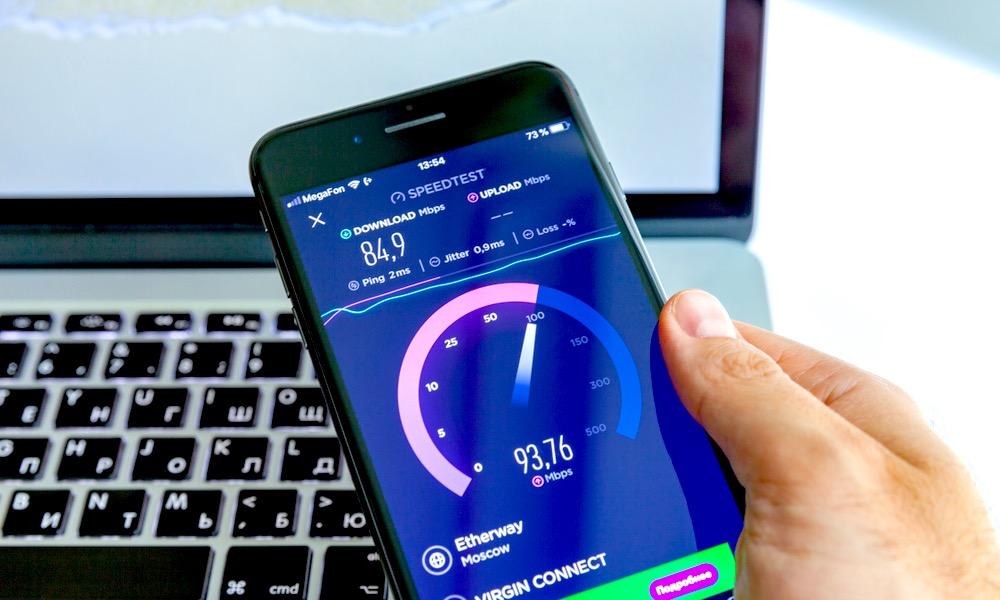 Ookla Speed Test Running on iPhone