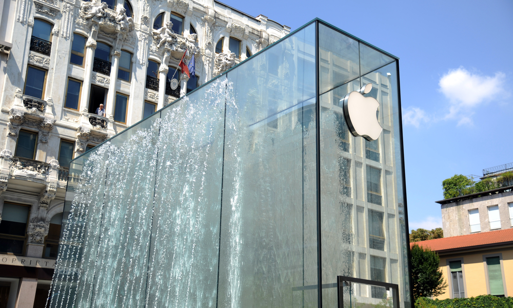 Apple Store in Milan Italy