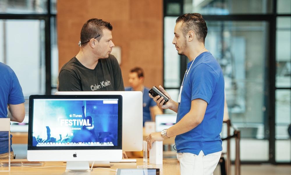 Apple Genius Staff Member Purchase or Return