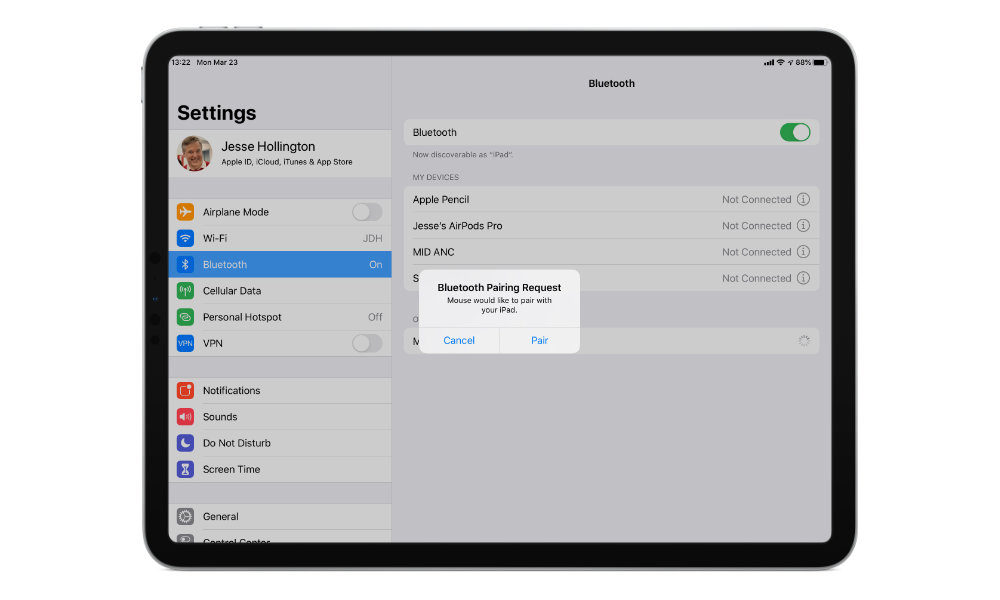 iPadOS 13.4 mouse pairing request