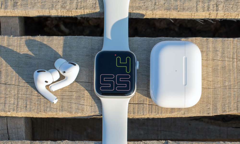 How to Pair Your AirPods or Bluetooth Headphones to an Apple Watch