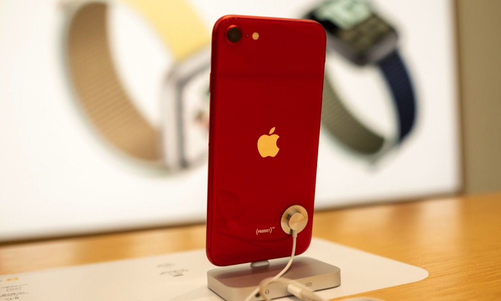 iPhone SE Product Red 2020