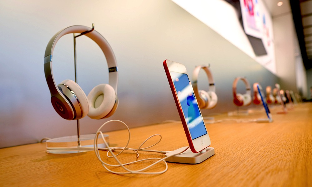 iPod Touch and Beats Headphones