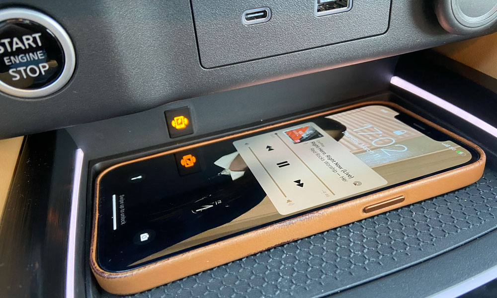 2021 Nissan Rogue iPhone Wireless Charging