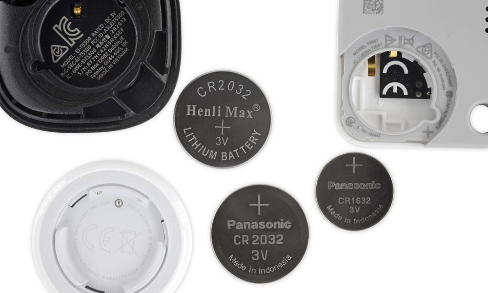 iFixit AirTag Tile SmartTag batteries