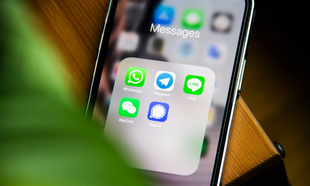 Instant Messaging Apps on iPhone