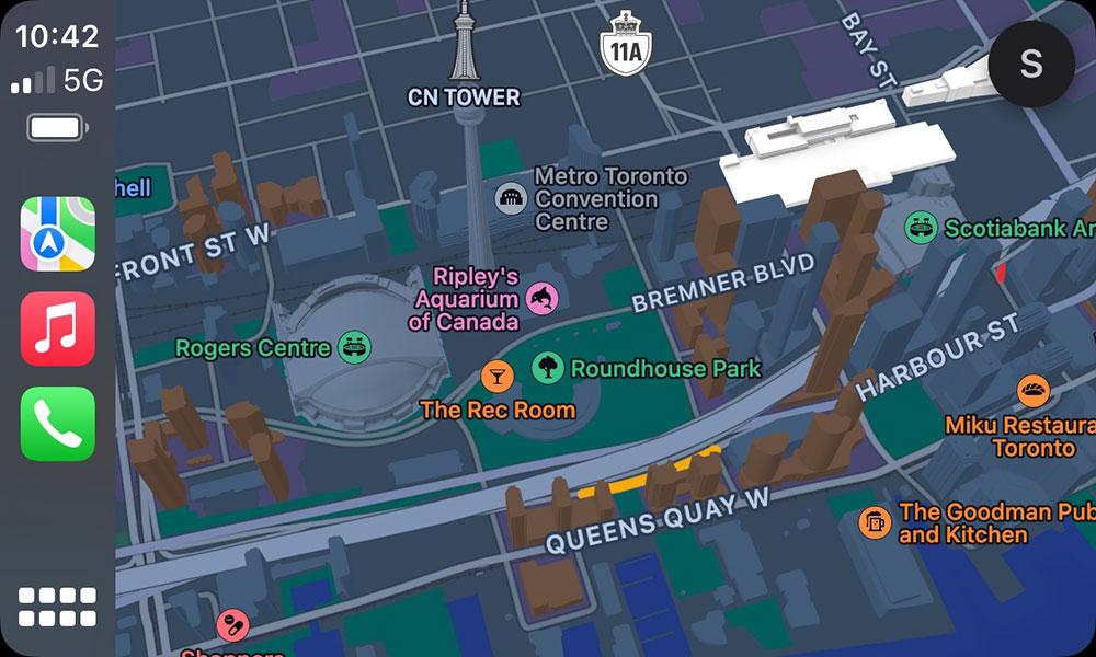 iOS 15 CarPlay Maps Night Mode