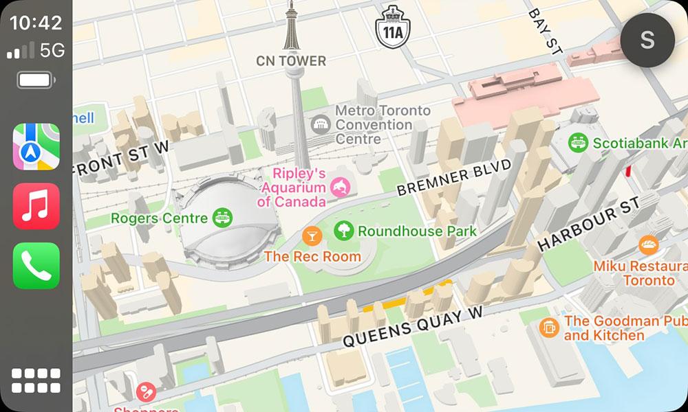 iOS 15 CarPlay Maps CN Tower and Skydome
